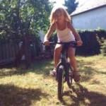 Nóri, bicikli, nyár